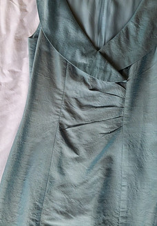 Dress made from cultivated silk
