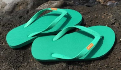 Olli natural rubber flip flop thongs