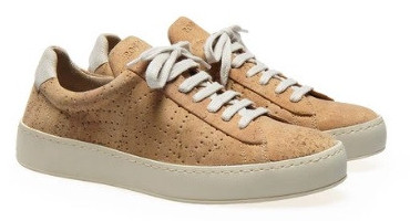 Vegan leather sneakers with cork uppers and natural rubber sole