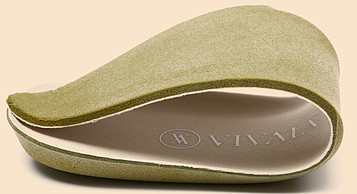 Flexible insole of Vivaia recycled plastic shoes